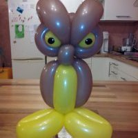 Pinch-twist sculpture sur ballons la chouette
